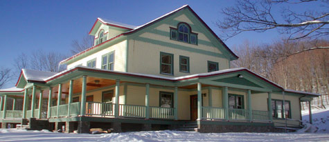Breezy Hill Inn - Bed and Breakfast